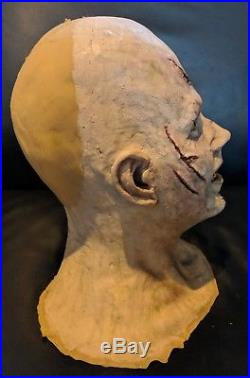 Dr Phil Nichols Reagan The Exorcist Monster Mask and Hands Linda Blair Halloween