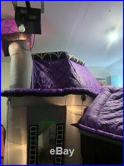 Gemmy Airblown Inflatable Haunted House RARE