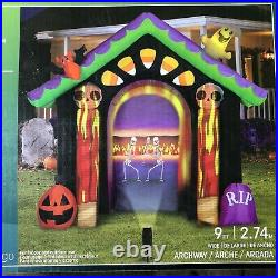 Gemmy Haunted House Living Projection Halloween Inflatable New 9 Ft Skeletons
