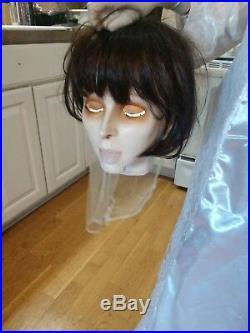 Gemmy LIFE SIZE Beheaded/Headless Bride Animated Halloween Prop Animatronic