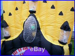 Halloween Inflatable Gemmy Zombie Organ Player with Dancers Yard Decor