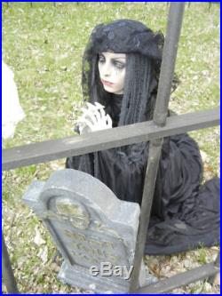 LIFESIZE CEMETARY MOURNING PRAYING GIRL HALLOWEEN PROP STANDS or KNEELS LooK