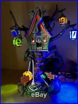 Lemax Spooky Town Hungry Tree House. Excellent condition. Rare