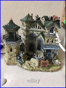 Lemax Spooky Town Limited 2007 Forsaken Souls Prison 75497 Halloween Lighted