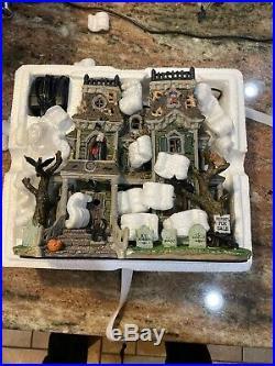 Lemax Spooky Town Morbid Manor
