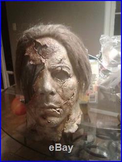 Michale myers mask dela torre half mask