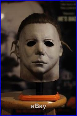 Nag 75k old mold H1 myers mask JC and Frightmare productions mask stand