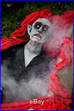 Nosferatu, manniquin, vampire, figure, statue, life size, Halloween prop, scary