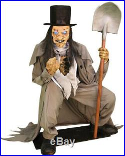 Pre Order-halloween Life Size Crouching Grave Digger Light Up Eyes Decoration