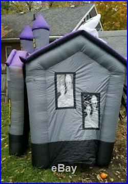 SEE VIDEO! Gemmy Airblown Inflatable Halloween HAUNTED HOUSE Mansion Light Sound