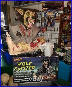 Spirit Halloween Animated'wolf Spitter Prop Store Display New Super Rare