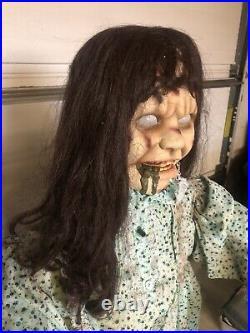 The Exorcist regan Life Size Halloween Prop morbid enterprises Spirit