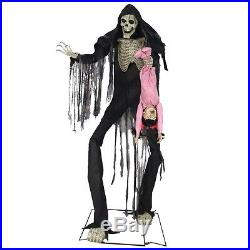 Towering Boogeyman with Victim Animated Prop, SLENDERMAN, Horror Halloween