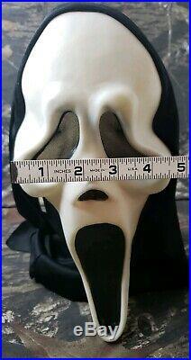 VTG Fearsome Faces Original Scream 2 Mask Fun World DIV Fantastic Glows Stretch