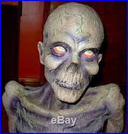 Zombie Upper Torso Terrifying Halloween Haunted House Realistic Prop